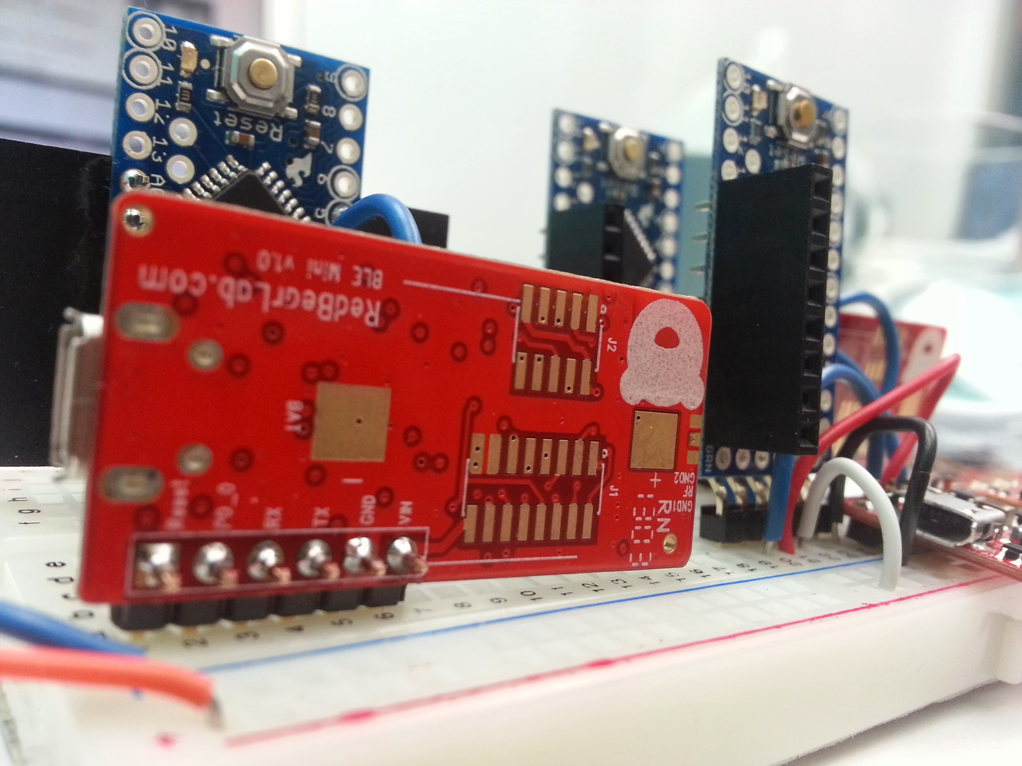 Bluetooth 40 Low Energy BLE Shield for Arduino V21
